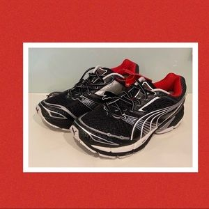 Men's Puma Vectana 2 runners sneakers size 10US